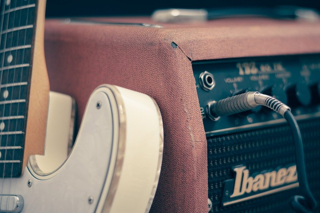 amplifier, guitar, classical guitar-756321.jpg